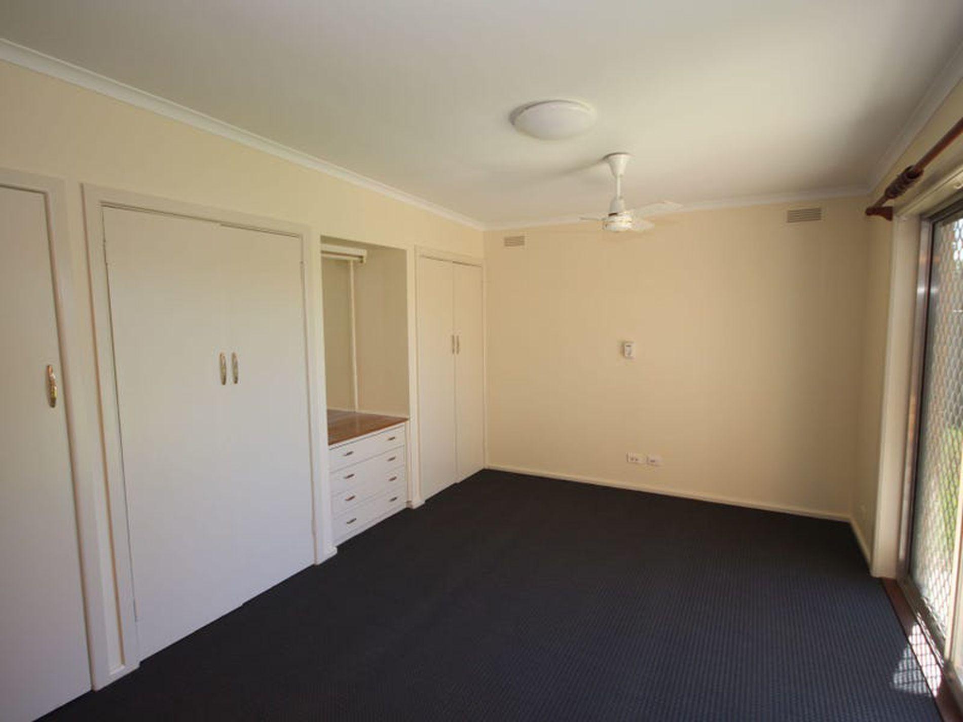 32 Edwards Street, Wangaratta South