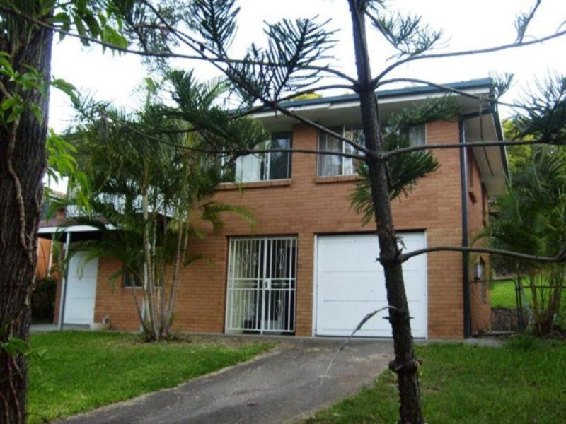 911 Cavendish Road, Mount Gravatt East