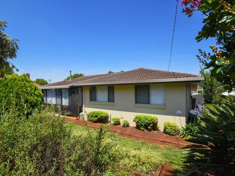 15 Raff Street, North Toowoomba