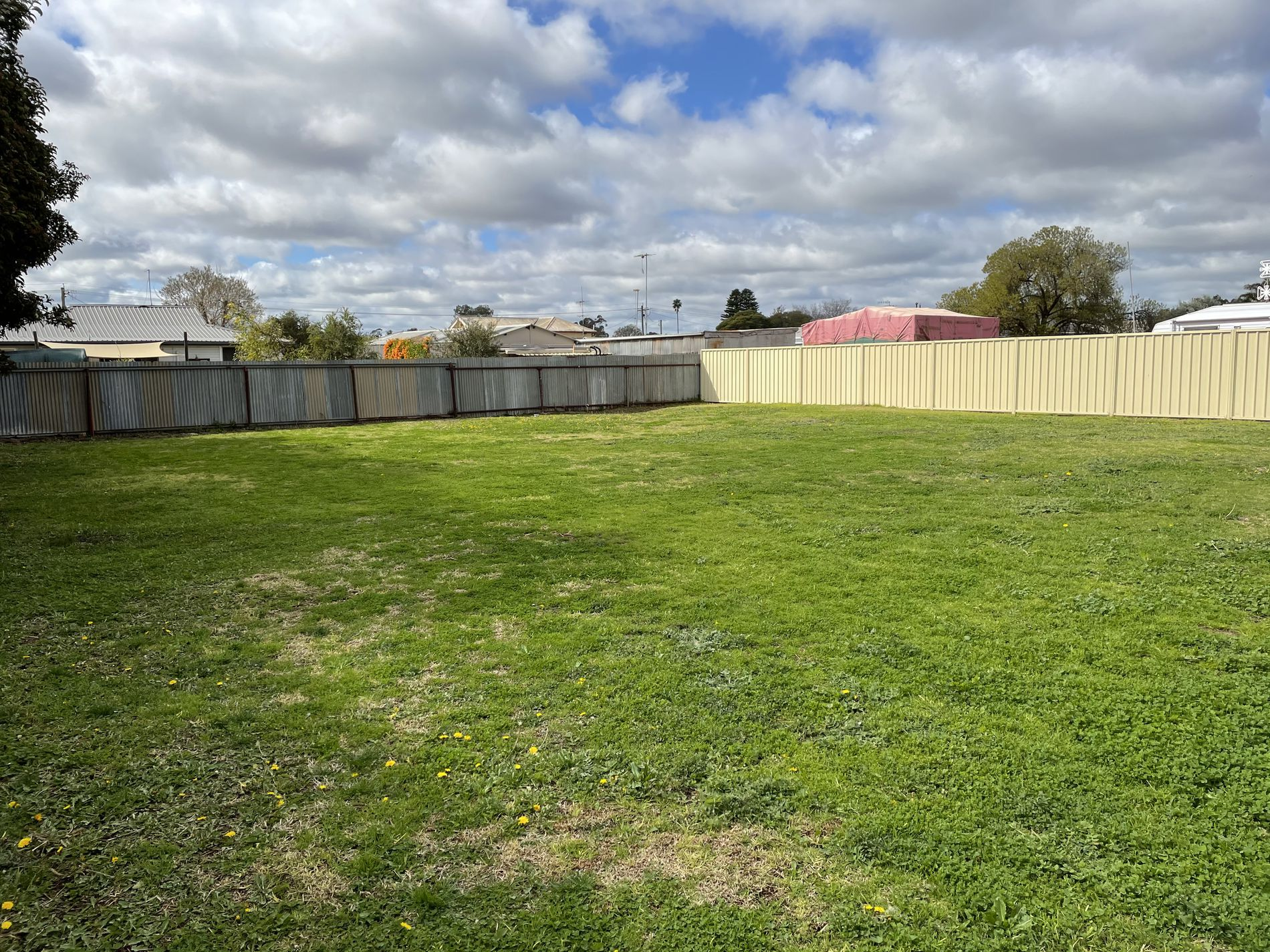 51 Watson Road, Griffith