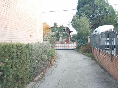 1 / 418 Beaufort Street, Highgate