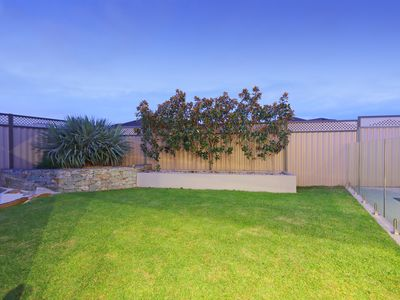 11 Mannhein Crescent, Piara Waters