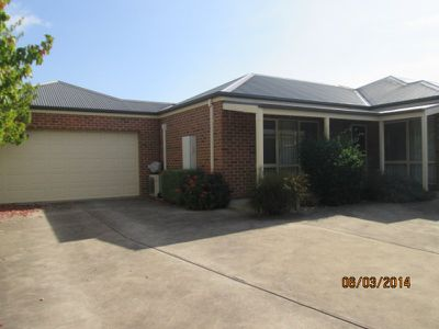 14B Cambridge Drive, Mansfield