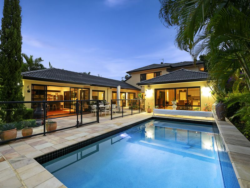 25 River Cove Place, Helensvale