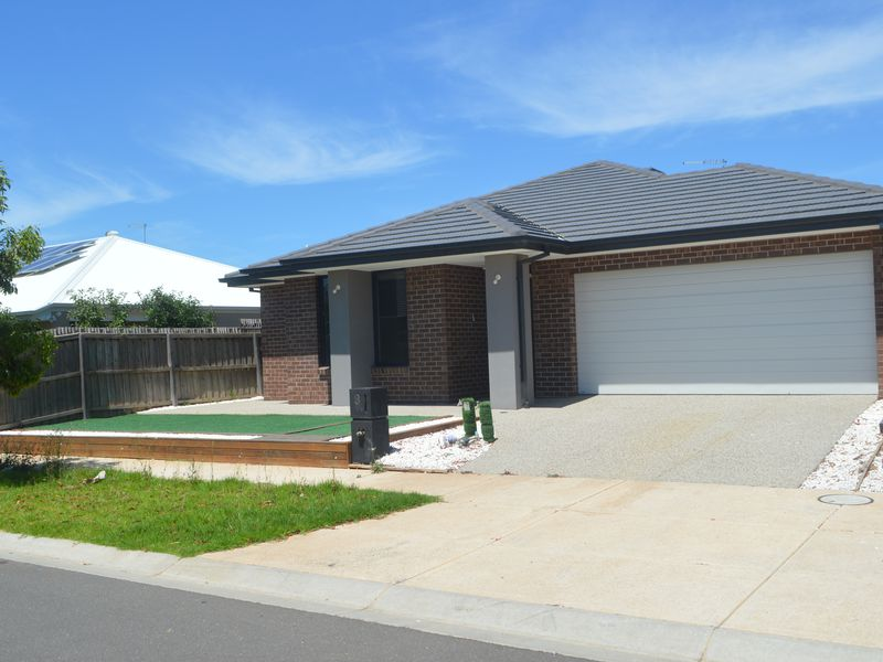 3 Blackberry Street, Manor Lakes