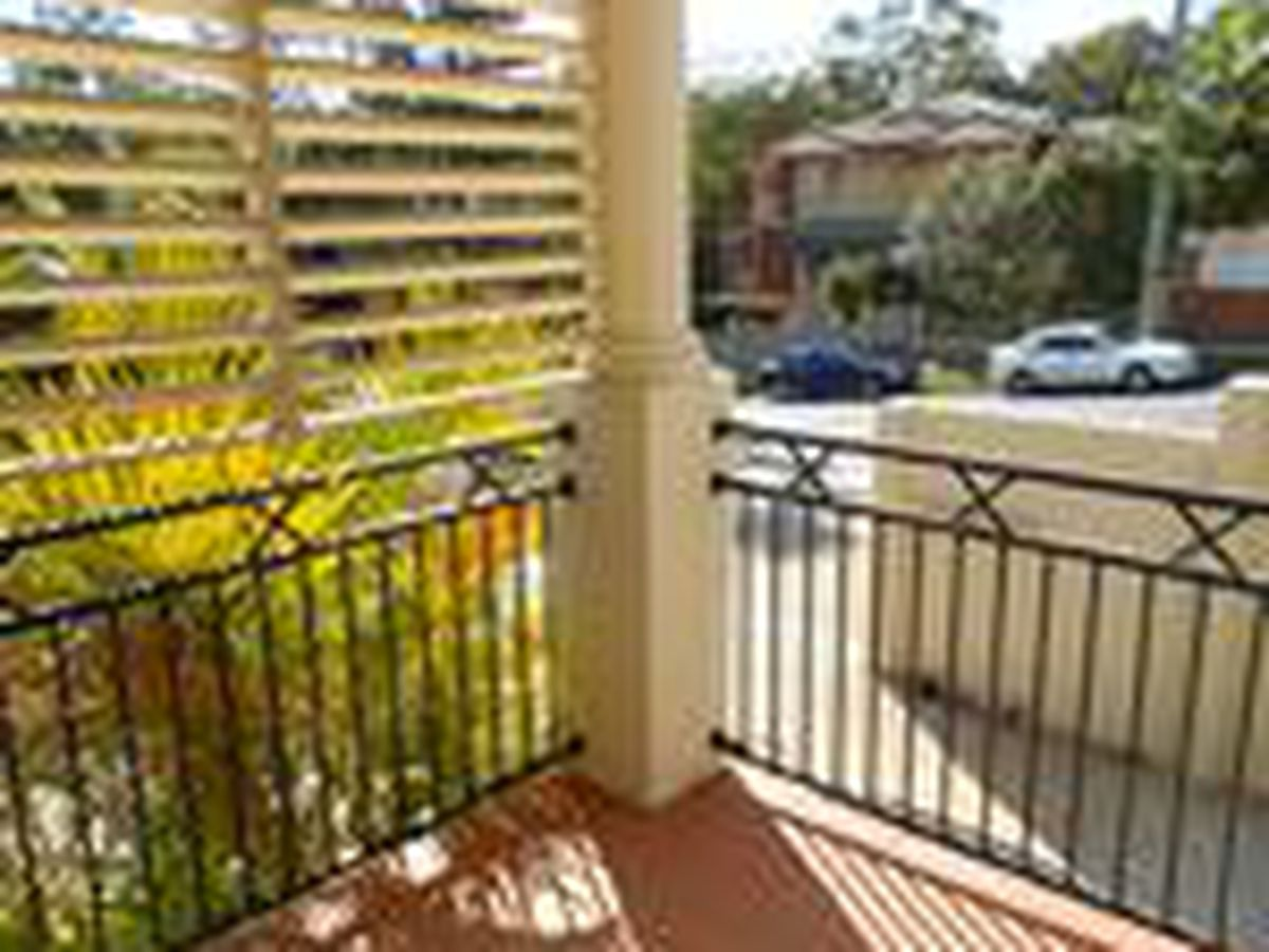 7 / 20-22 Finney Road, Indooroopilly