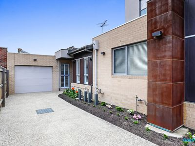 4 / 35 View Street, Pascoe Vale