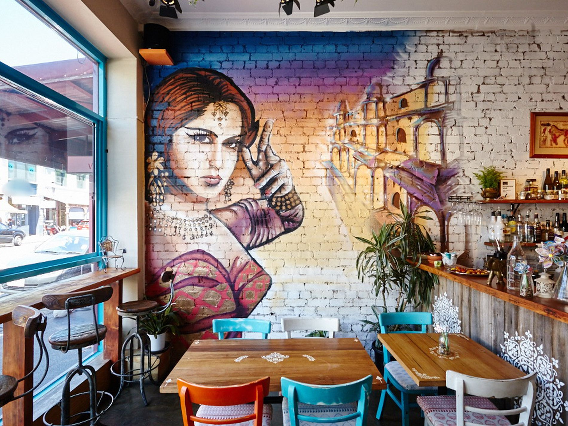 THRIVING HOSPITALITY BUSINESS FOR SALE FITZROY