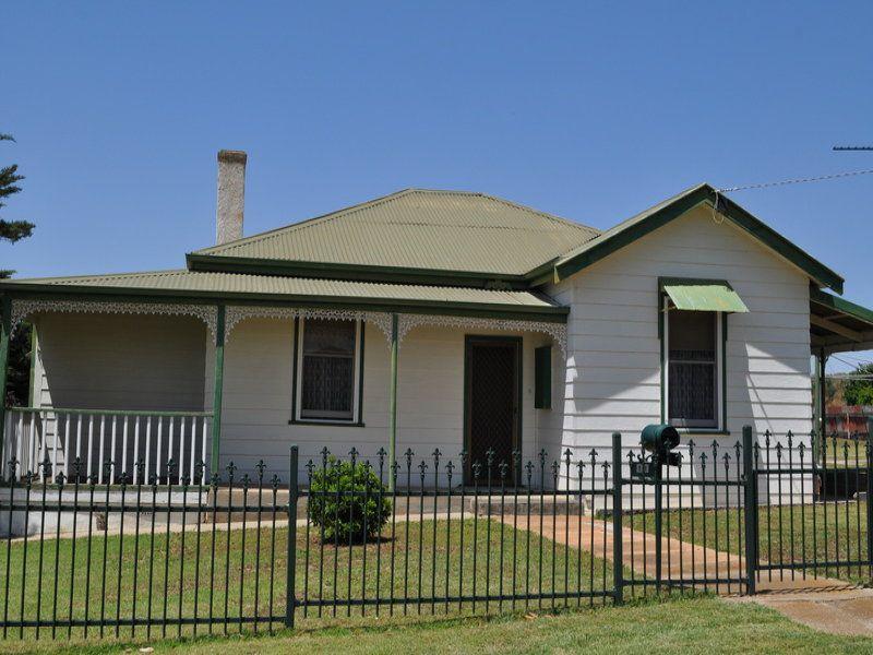 11 Griffith Street, Bacchus Marsh