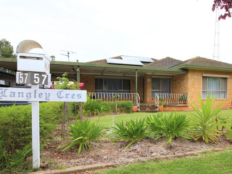 57 Langley Crescent, Griffith