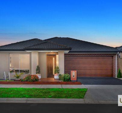 27 Rathberry Circuit, Clyde North