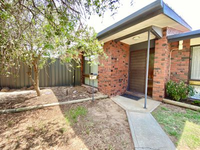 8 / 356 WOOD STREET, Deniliquin
