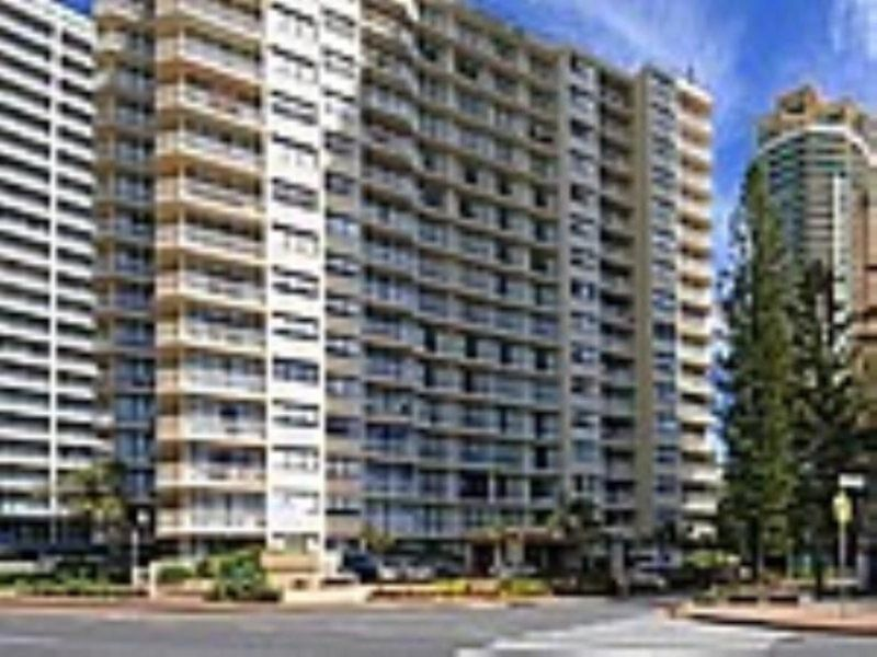 2-4 Staghorn Street, Surfers Paradise