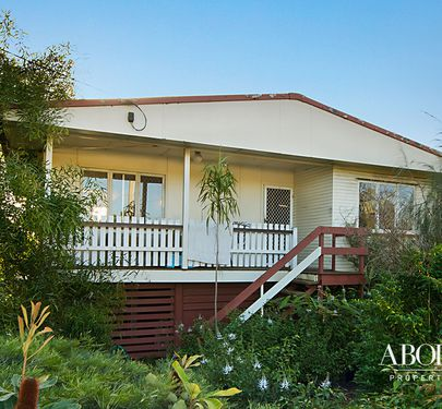 123 Oxley Avenue, Woody Point