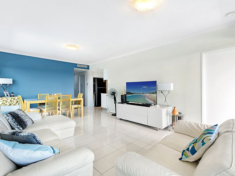 406 / 11 Compass Drive, Biggera Waters