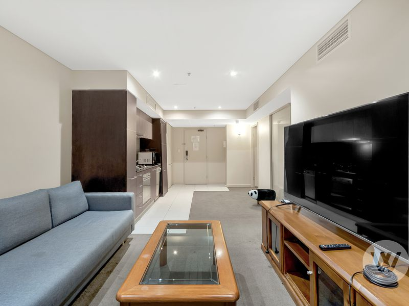 1012 / 96 North Terrace, Adelaide