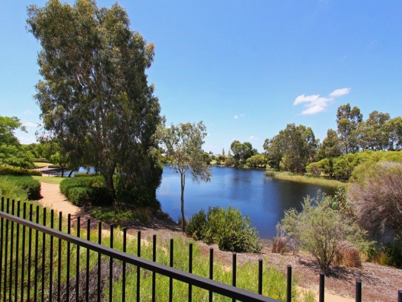 4 / 43 Martingale Ave, Henley Brook