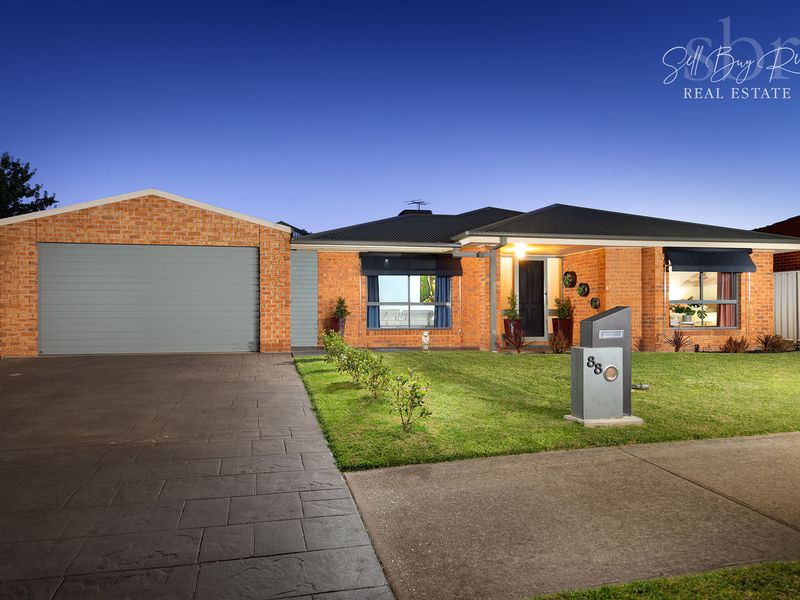 88 NIGHTINGALE AVENUE, Wodonga