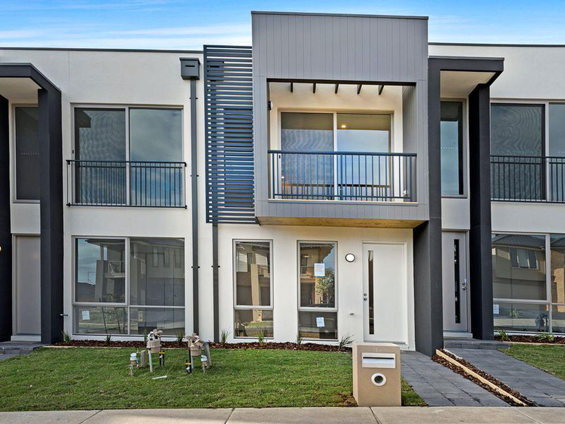18 Danthonia Street, Coburg North