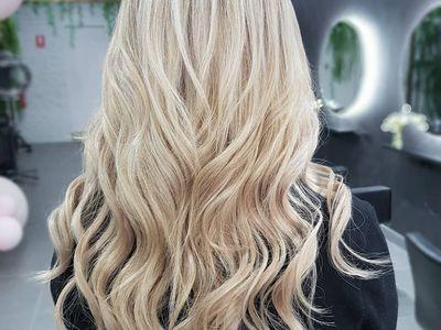 Lindalee Hair Studio