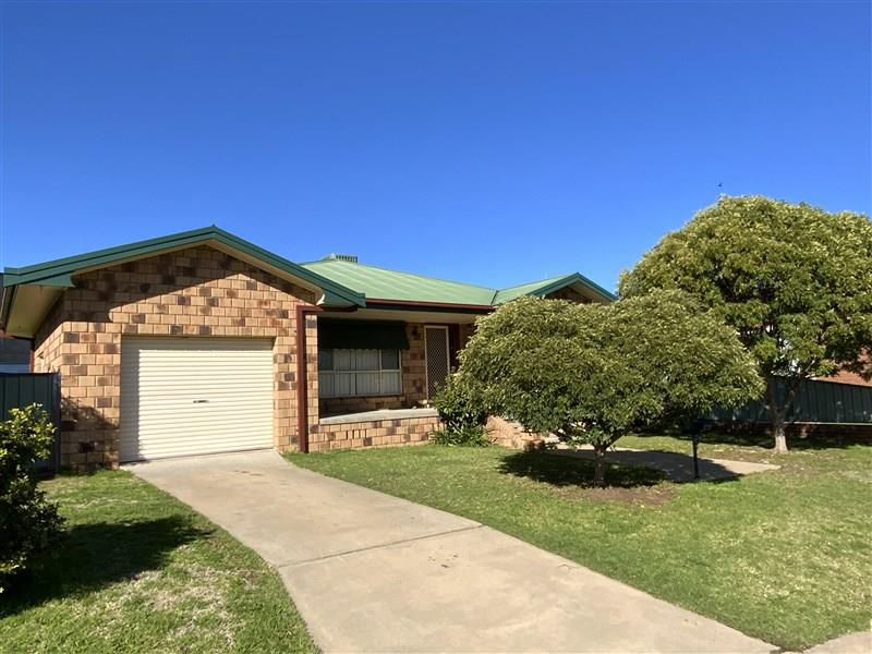 5 Holloway Street, Forbes