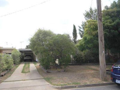9 Stuart Street, Wangaratta