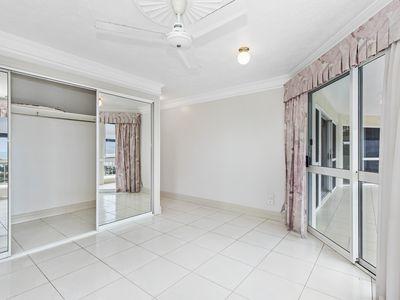 5 / 13 Hillside Crescent, Townsville City