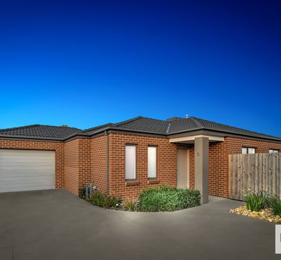 5 CREEKTON CLOSE, Pakenham