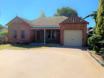 32A Crown Street, Tamworth