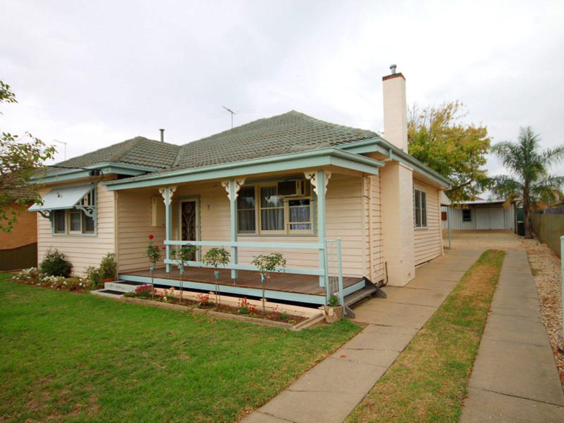 7 Burns Street, Wangaratta