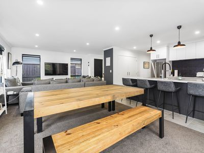 2 / 36 Comries Road, Chartwell