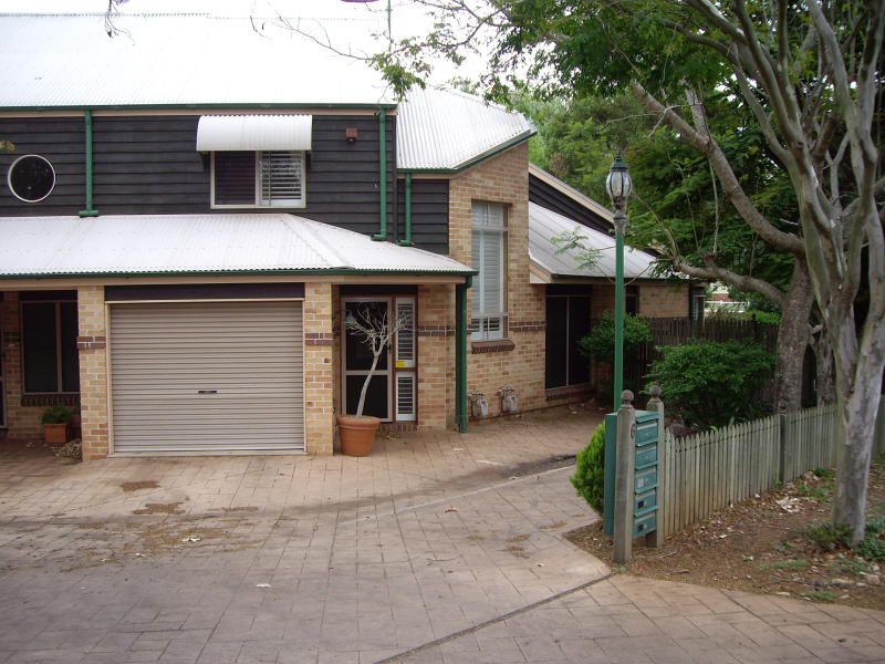 1 / 6 Creek Street, East Toowoomba