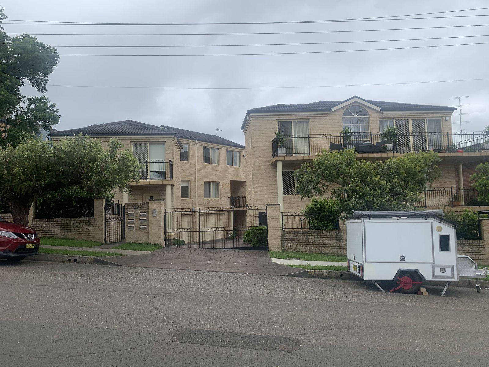 5 / 49 Gipps Street, North Wollongong