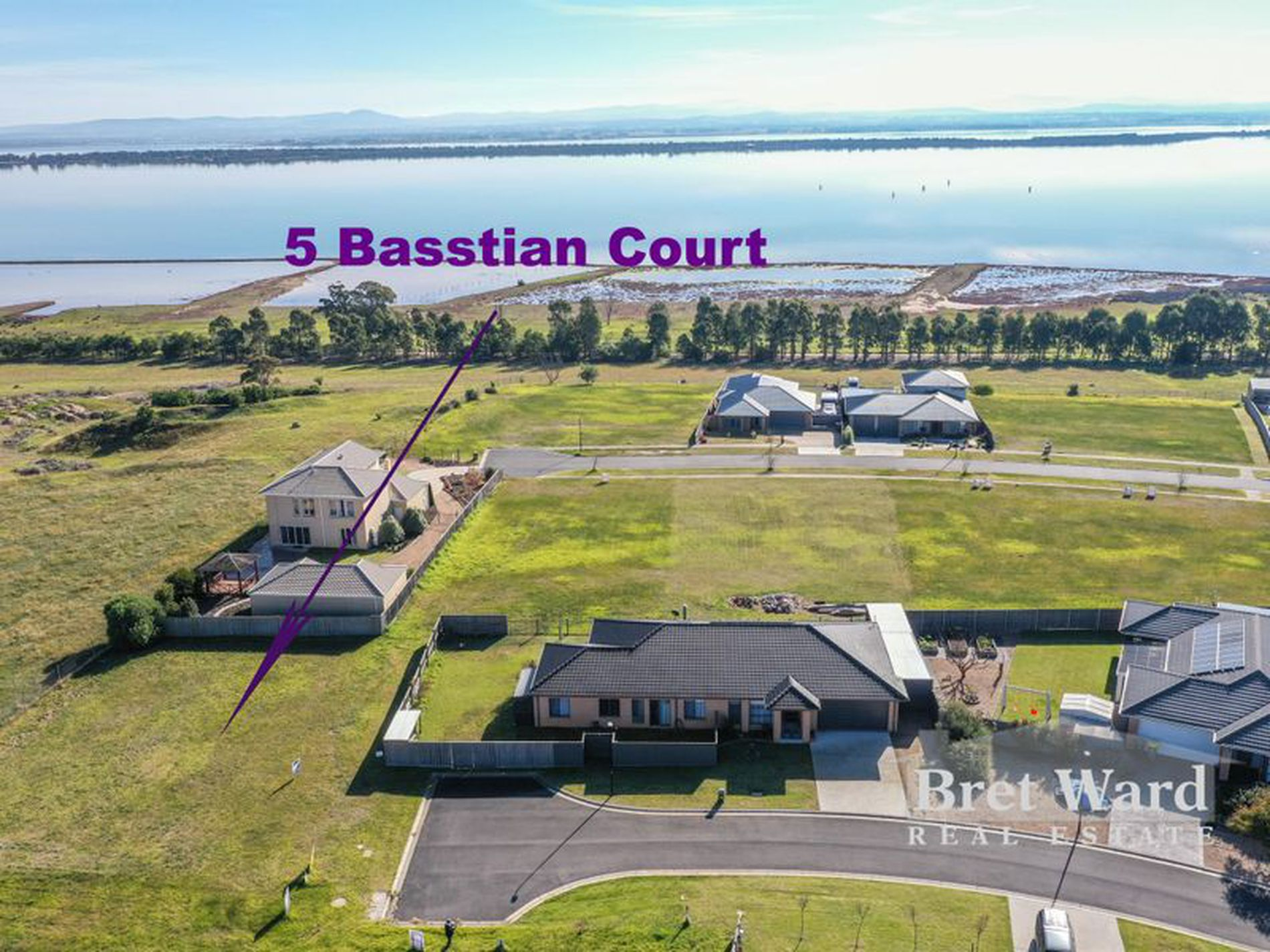 5 Basstian Court, Eagle Point