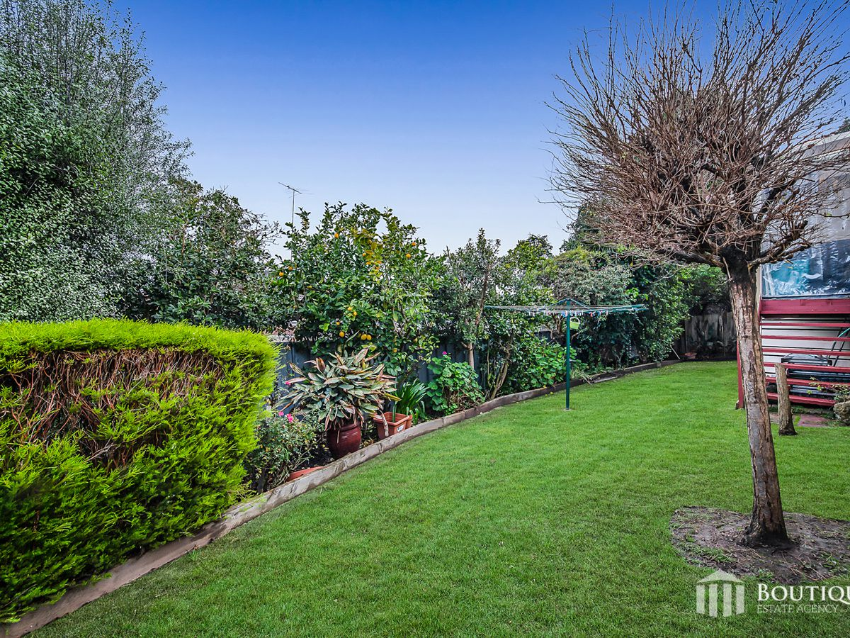 14 Mark Court, Dandenong North