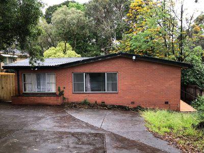 302 Lawrence Road, Mount Waverley