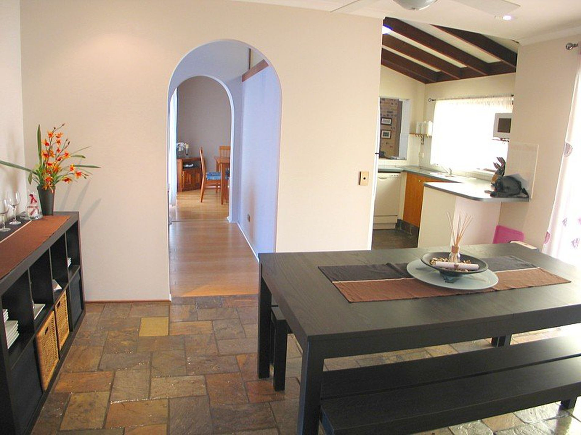 9 Alzino Place, Carrara