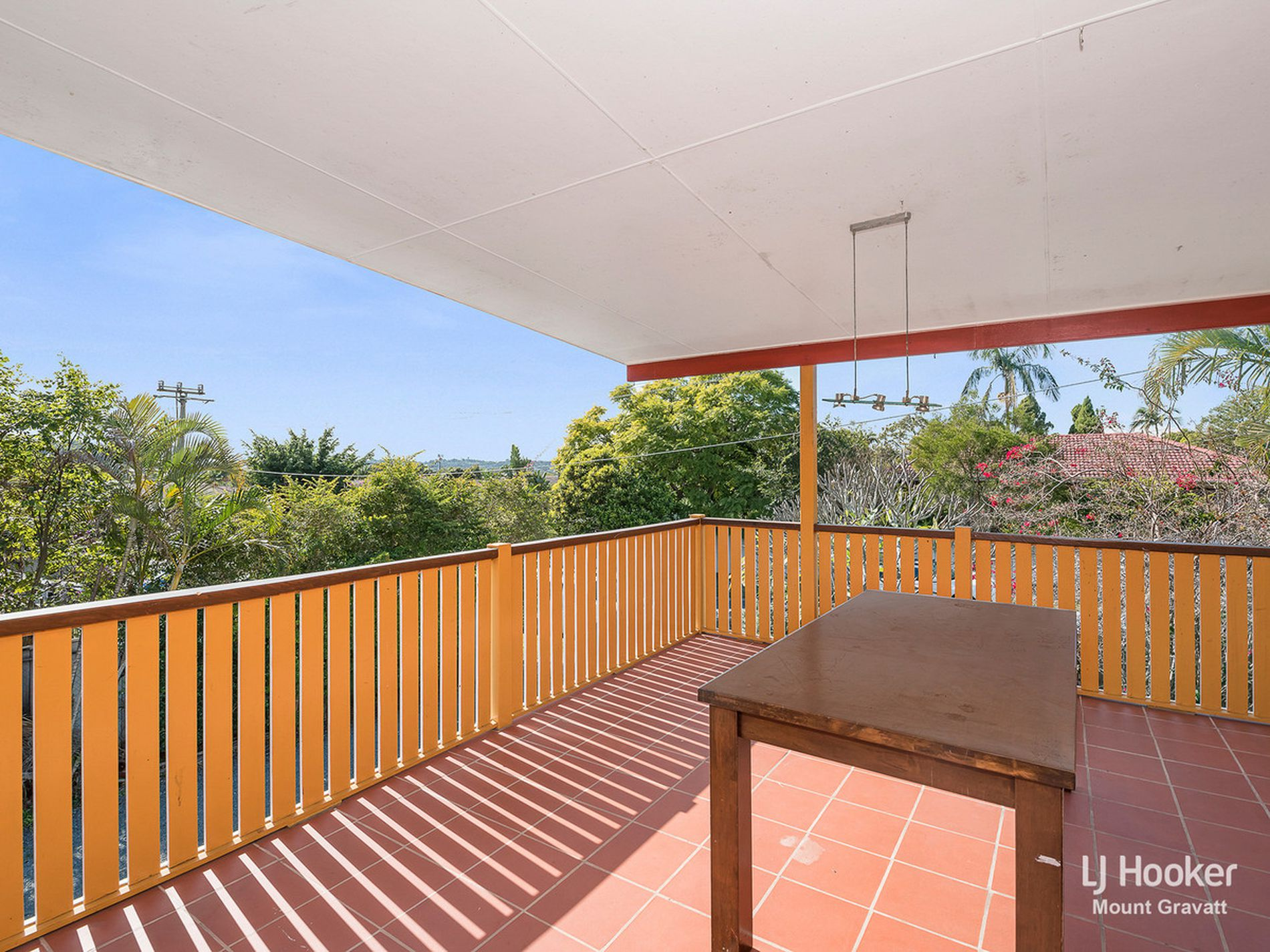 2 Damalis Street, Woodridge