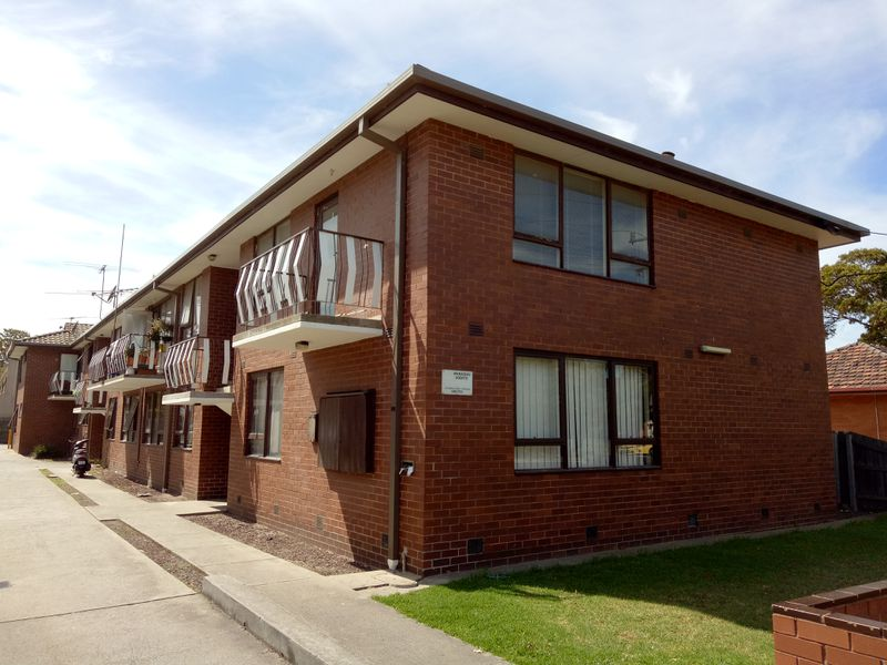 1 / 20 Empire Street, Footscray