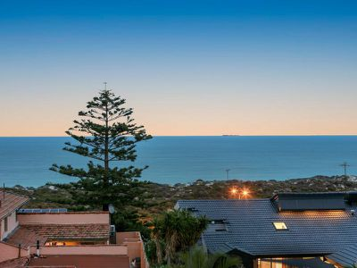 44 Aruma Way, City Beach