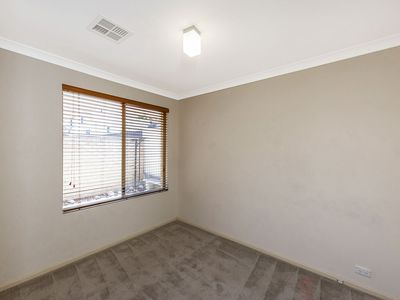 5 / 10 Helmsley Street, Scarborough