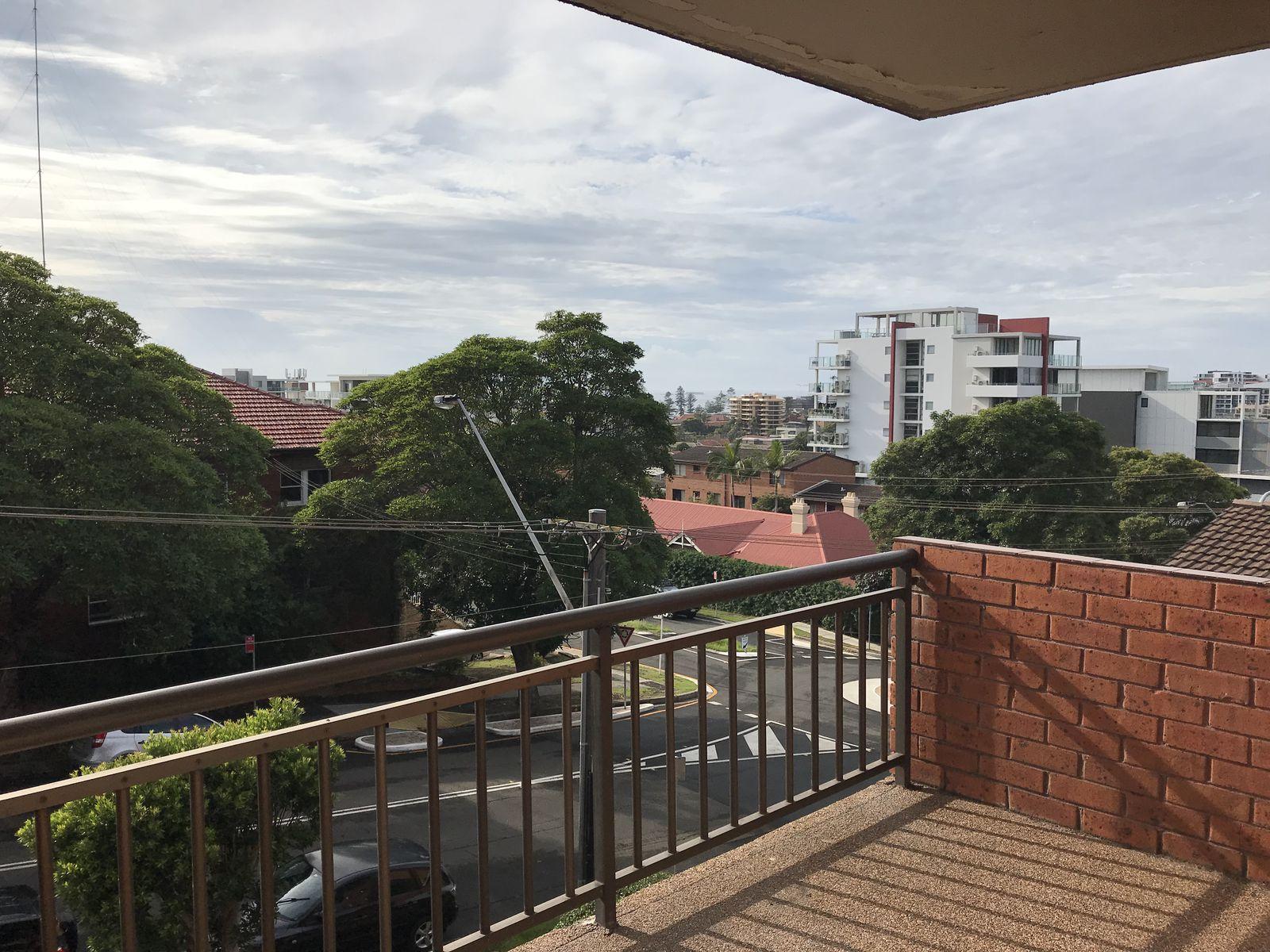 12 / 22 Gipps Street, Wollongong