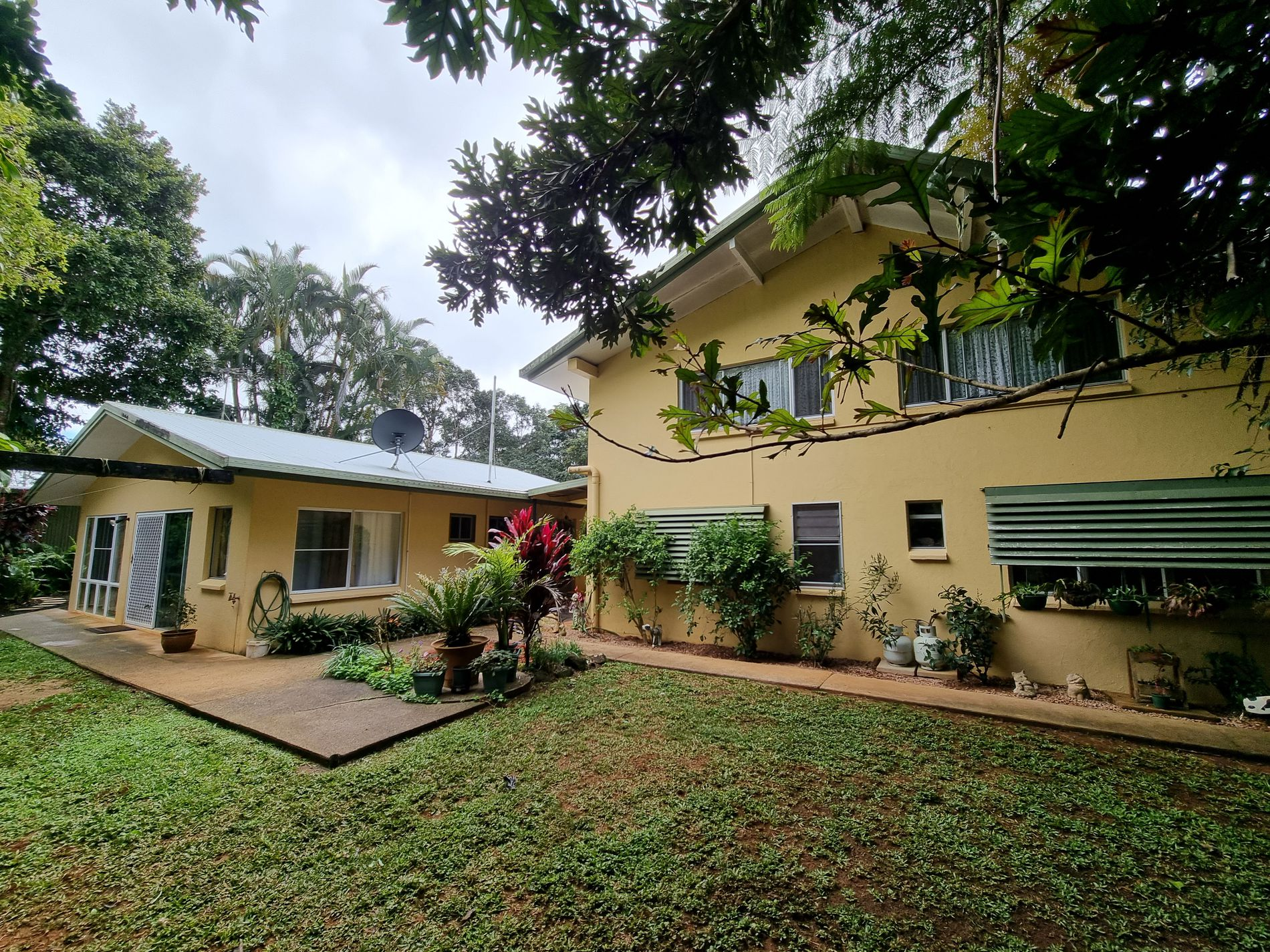 2 Lindsay Road, Malanda