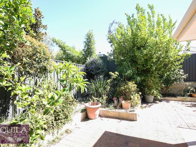 9 Octagon Gardens, Aveley