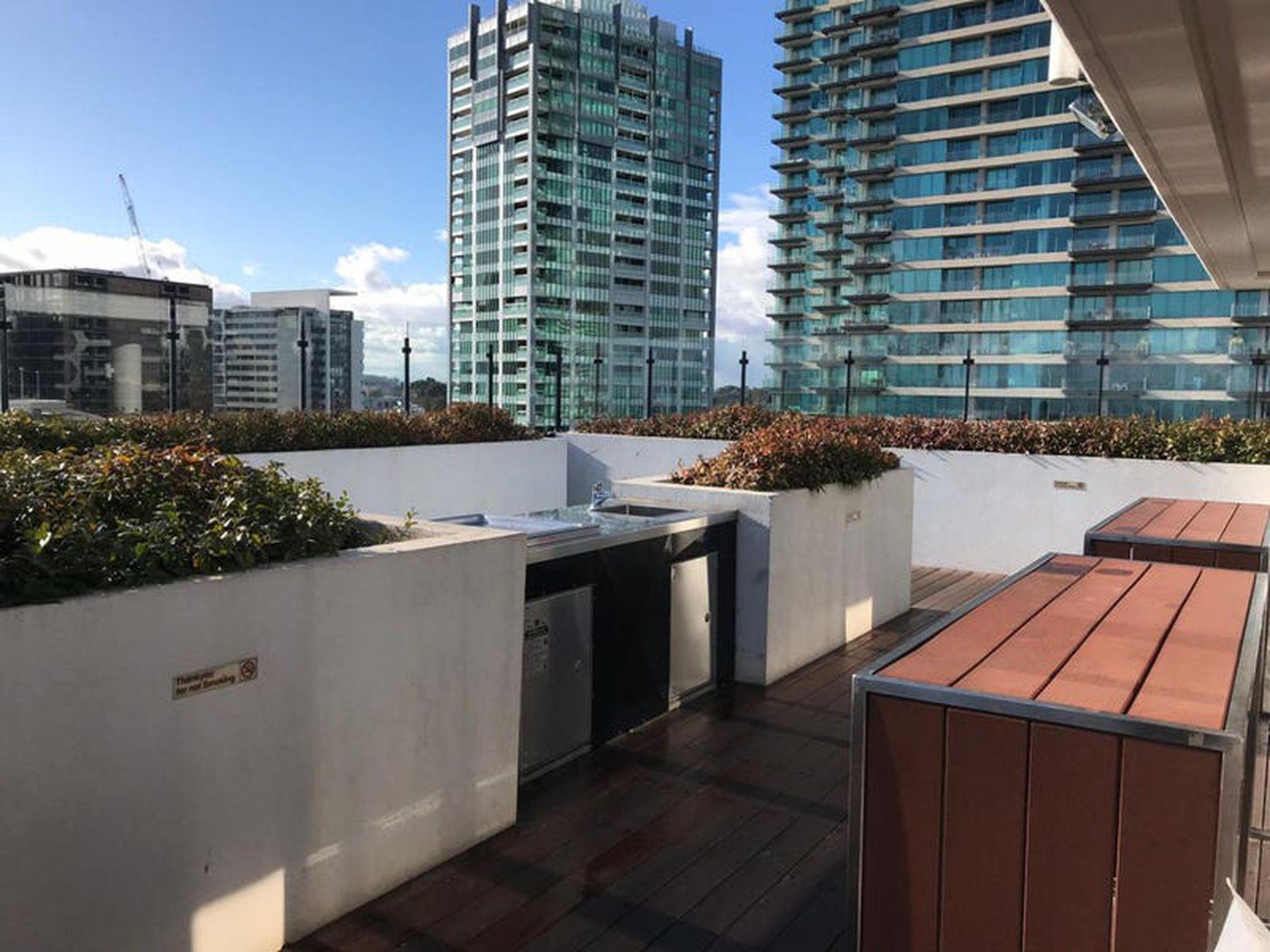 415 / 52 Park Street, South Melbourne