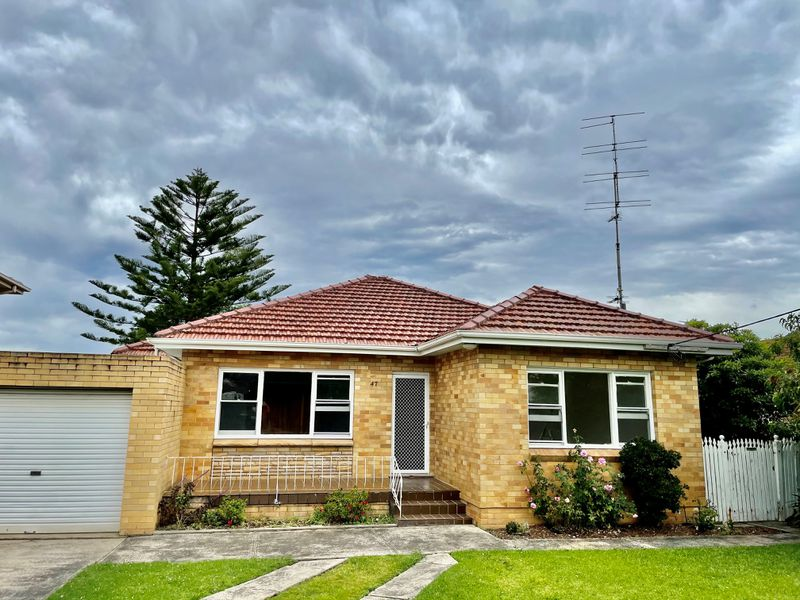 47 Balgownie Road, Fairy Meadow