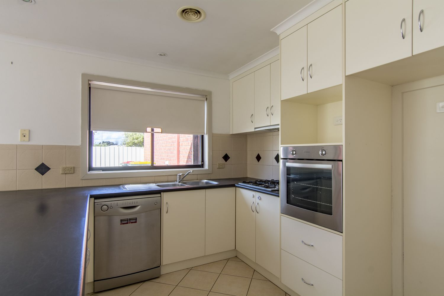 3 Shiralee Cres, Horsham
