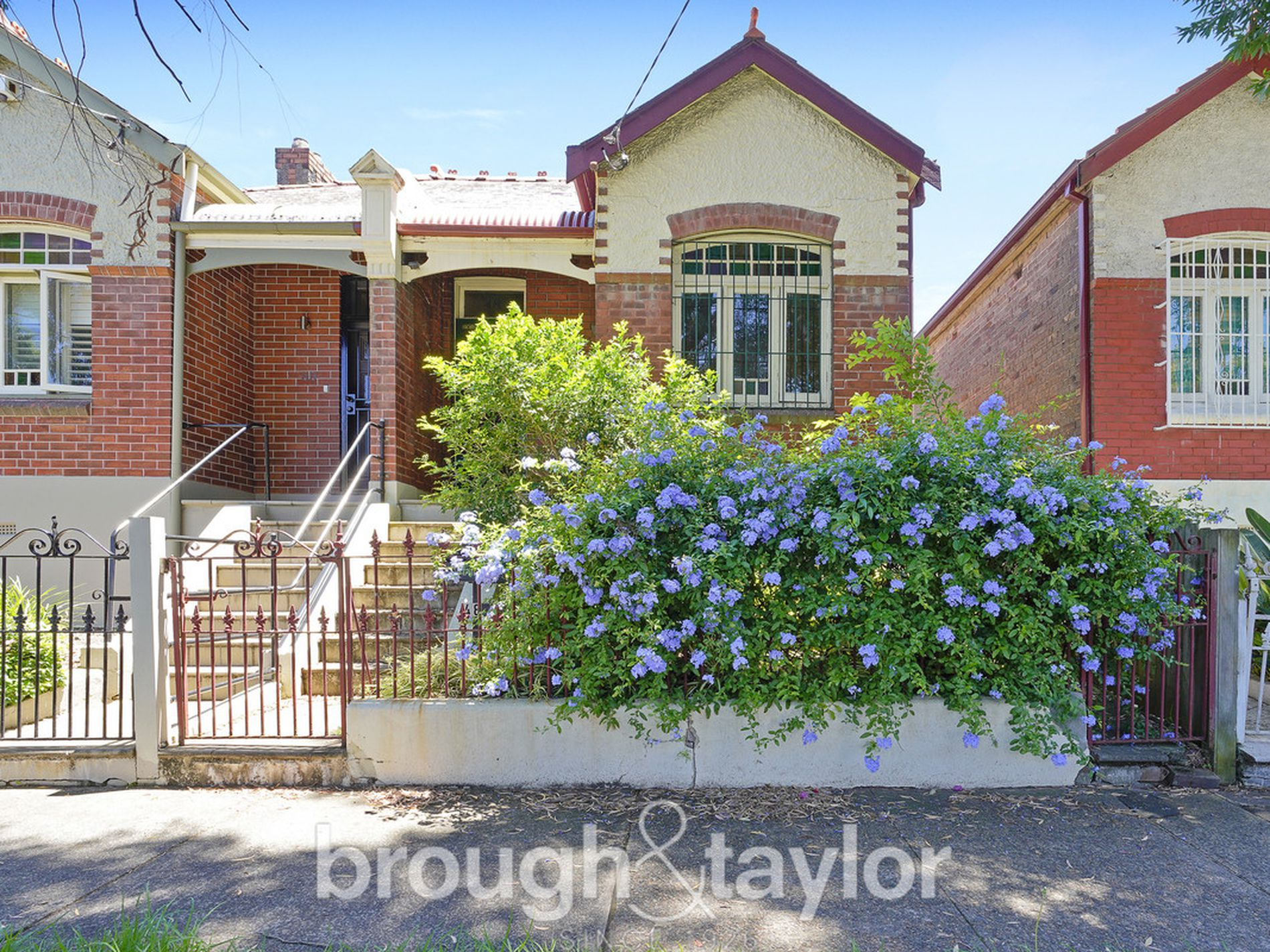 48 Northumberland Avenue, Stanmore