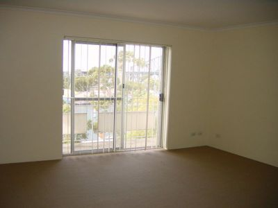 12 / 30 East Crescent Street, Mcmahons Point