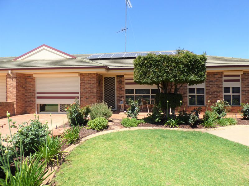 17A Albion Grove Crescent, Griffith